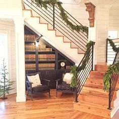 In case you had any doubts, Fixer Upper star Joanna Gaines's design talents extend to creating a breathtakingly festive holiday home. The talented designer and Magnolia Farms, Magnolia Homes, Magnolia Market, Joanna Gaines Bedding, Deck The Halls, Stair Railing, Banisters, Railings, Railing Ideas