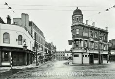 Ordnance Arms, Woolwich: corner of Plumstead Road and Beresford Square 1957 London History, Local History, Old Pub, Old London, London England, Old Photos, Places To Visit, Street View, 1950s