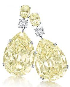 A pair of pear-shaped fancy light yellow diamond ear pendants Gems Jewelry, High Jewelry, Jewelry Gifts, Jewellery, Unique Jewelry, Diamond Earing, Diamond Jewelry, Yellow Jewelry, Mellow Yellow