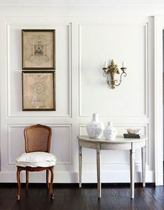 Classic white foyer: Benjamin Moore 'China White' + Swedish demilune table by xJavierx, via Flickr