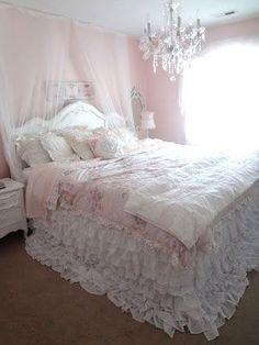 Vintage Shabby Pink! : Photo peytons bedroom