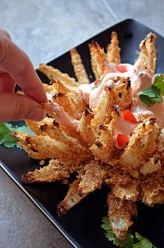 Baked Bloomin' Onion-  like the one from Outback but for about 2,700 calories LESS!  |  Host the Toast Blog