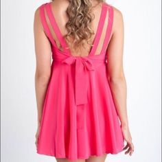 Double Zero Sz M Bright Pink Low Back Bow Dress