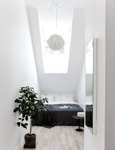 MINI BEDROOM