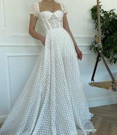 Stylish Dresses, Elegant Dresses, Pretty Dresses, Vintage Dresses, Ball Dresses, Ball Gowns, Prom Dresses, Dream Wedding Dresses, Bridal Dresses