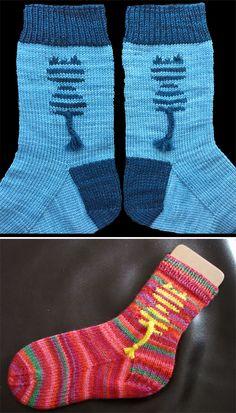Free Knitting Pattern for Papageno Kitty Socks - Cuff-down socks with an intarsi. Free Knitting Pattern for Papageno Kitty Socks - Cuff-down socks with an intarsia striped cat. Use self-striping yarn to. Knitting Patterns Boys, Baby Patterns, Knitting Projects, Crochet Patterns, Knitting Socks, Free Knitting, Knit Socks, Design Textile, Sport Weight Yarn