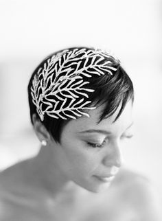 Amazing headpiece for short hair! Photography By / http://ktmerry.com,Planning By / http://offthebeatenpathweddings.com