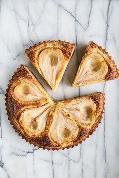 Pear Almond Tart // Half-pars in frangipane | Pastry Affair