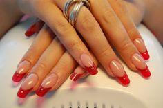 Anastasia Pasad - nageldesign metallic red gallery