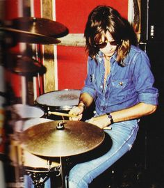 Roger Taylor drummer of Queen - 1975
