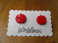 Ohrstecker Ohrringe Knopf Apfel rot Äpfel von Krimskrämerei auf DaWanda.com