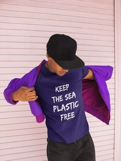 Add some Sincerity to your turtle wardrobe with this Lovely shirt for keeping the sea clean or give it as the perfect gift!  Choose your size and color below then BUY IT NOW to place your order.