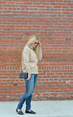 Wooly Wooly | Aritizia Turtleneck Sweater | LA Street Style | How to Wear Turtleneck Sweaters | Luci's Morsels :: LA Fashion Blog