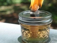 How to make your own mosquito repelling citronella candles – The Owner-Builder Network Citronella Plant, Citronella Candles, Oil Candles, Mason Jar Lids, Mason Jar Crafts, Mason Jar Lanterns, Candle Jars, Casa Patio, Diy Bottle