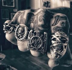 Skull Jewelry, Gothic Jewelry, Skull Rings, Men's Jewelry, Mens Ring Designs, Jewel Tattoo, Fashion Hashtags, Piercings, Wicca
