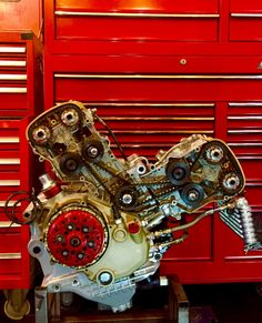 "motomo-d: "" DUCATI 998S : project engine """