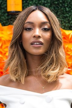 15 Ways to Keep Ombré Hair Color LookingFresh in 2016 | Brunette model Jourdan Dunn with a subtle ombré short hairstyle @stylecaster