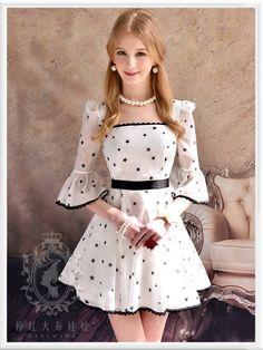 """Meninas, este vestidinho é """"divo""""... Eu simplesmente sou apaixonada por esse modelito!! Amo e recomendo. Disponível no Aliexpress."""