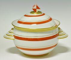 Soup-tureen by Nora Gulbrandsen for Porsgrund Porselen. Made only 50 pieces in Model nr 1930s House, Machine Age, Vintage Ceramic, Scandinavian, Art Deco, Soup, Porcelain, Pottery, Ceramics