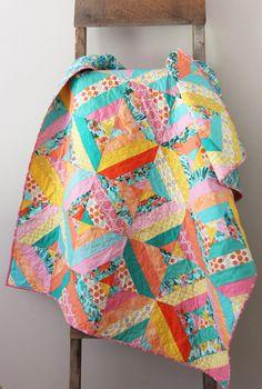 Diagonal Strip Quilt in 5 sizes, Free Tutorial