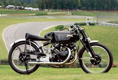 Test bed for the Black Shadow and the immortal Black Lightning, Gunga Din, the most famous Vincent of all time, has finally been restored. Photo and article by Robert Smith, Motorcycle Classics May/June 2010.