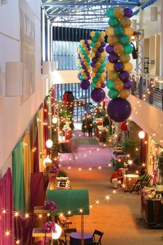 Bourbon Street atmosphere indoors using string lights and balloon columns Casino Theme Parties, Party Themes, Birthday Parties, 26th Birthday, Mardi Gras Decorations, Balloon Decorations, After Prom, Mardi Gras Party, Bourbon Street