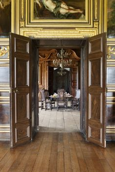 Doorway between the State Dining Room and the Gilt Room. ©NTPL/Andreas von Einsiedel