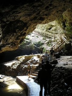 Maquoketa Caves in Iowa. These are some beautiful caves #Iowa #state #parks