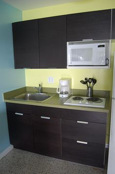 Basic kitchen for basement apartment. I think this could help to rent it in the future too