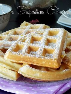 Fluffy and lightweight waffle recipe Mini Desserts, Biscotti Biscuits, Mauritian Food, Slow Cooker Recipes, Cooking Recipes, Oreo Flavors, Nutella Crepes, Pancakes And Waffles, Waffle Recipes