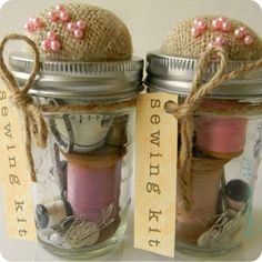 Cute DIY Mason Jar Gift Ideas for Teens - DIY Sewing Kit - Best Christmas Presents, Birthday Gifts and Cool Room Decor Ideas for Girls and Boy Teenagers - Fun Crafts and DIY Projects for Snow Globes, Dollar Store Crafts and Valentines for Kids Pot Mason Diy, Mason Jar Gifts, Gifts In Jars, Easy Diy Crafts, Jar Crafts, Geek Crafts, Plate Crafts, Creative Crafts, Diy Crafts For Kids