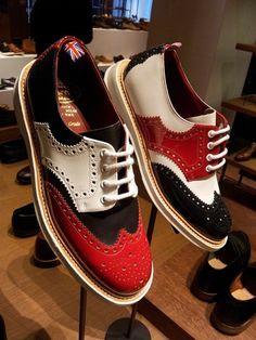 The Shoe Snob is written by Justin FitzPatrick - Shoe aficionado, lover, designer & maker. Walk In My Shoes, Me Too Shoes, Hot Shoes, Men's Shoes, Best Shoes For Men, Leather Dress Shoes, Desert Boots, Mens Fashion Shoes, Dress With Boots