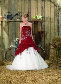Vestidos de Novia en colores Rojo y Blanco 2013 4