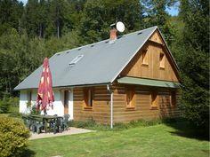Zelená chalupa: ubytování Souvlastní v Orlických horách. Chalupa k pronájmu: kapacita 8 osob - 3 ložnice. Provoz: léto, zima, víkendové pobyty, Vánoce, Silvestr.
