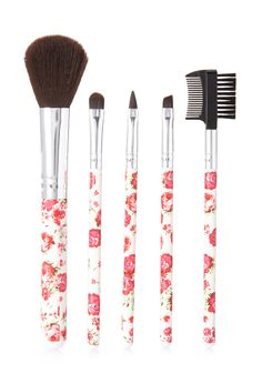Romantic Rose Cosmetic Brush Set | FOREVER21 #Beauty #F21Cosmetics #Floral