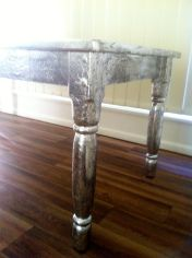 Refinishing table with tin foil!!!!! I seriously want to do this!!!