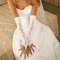 Lacy Fingerless Gloves - Fingerless Bridal Gloves wedding-dresses