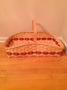Gathering basket ( or 2 pie basket since it is just perfect to carry 2 pies). Class taken in Princeton, NJ with Martha Mulford-dreswick