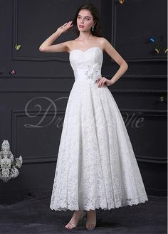 Gorgeous Lace Sweetheart Neckline A-line Wedding Dress