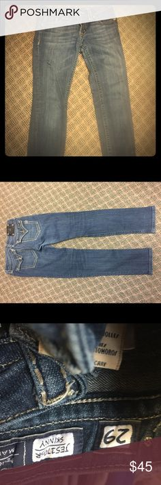Miss Me 29w skinny jeans 👖 Miss Me 29w skinny jeans 👖 Miss Me Jeans Skinny