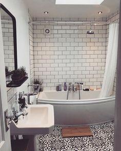 black bathroom curtains for windows Black Interior Doors, Black Interior Design, Small Bathroom Furniture, Bathroom Interior, Tiles Uk, Bathroom Floor Tiles, Metro Tiles Bathroom, Bathroom Curtains, Bathroom Design Inspiration