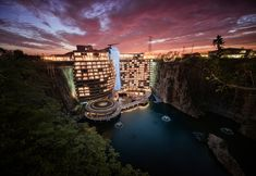 Jade + QA builds Shimao Wonderland Intercontinental quarry hotel in China
