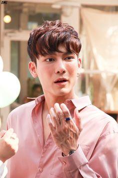 Cute Gay Couples, Thai Drama, Asian Boys, Cute Babies, Pop Culture, Fangirl, Daddy, Actors, Film