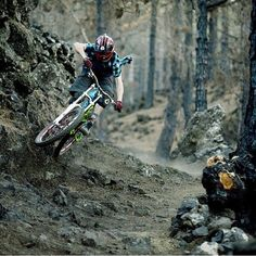 Do you ride, son? Best Mountain Bikes, Mountain Biking, Mtb Cycles, Mtb Trails, Mtb Bike, Road Bikes, Road Cycling, Extreme Sports, Poses