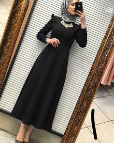32 Ideas For Fashion Hijab Casual Dresses Muslim Hijab Evening Dress, Hijab Dress Party, Hijab Style Dress, Party Dresses, Modern Hijab Fashion, Abaya Fashion, Muslim Fashion, Fashion Dresses, Fashion Fashion