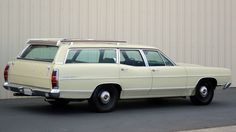 Muscle Wagon: 1969 Ford Country Sedan - http://barnfinds.com/muscle-wagon-1969-ford-country-sedan/