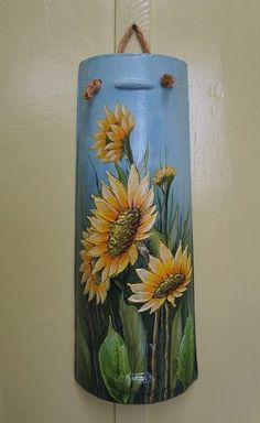 girasoles Painted Fan Blades, Fan Blade Art, Tole Painting Patterns, Sunflower Art, Hand Painted Wine Glasses, Christmas Drawing, Bottle Painting, Bottle Crafts, Fabric Painting