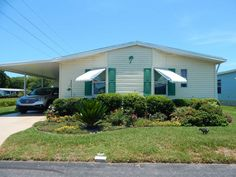 1995 Jacobsen Mobile / Manufactured Home in New Port Richey, FL via MHVillage.com