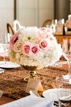 WedLuxe– Shohreh  Karim | Photography by: Ikonica Follow @WedLuxe for more wedding inspiration!