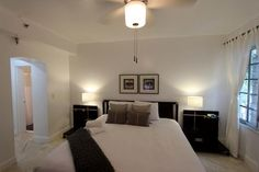 Miami Holiday Rentals, Barbizon South Beach: One of our 2bed/2bath rentals in the heart of the Art Deco District in South Beach, located in the former Art Deco hotel, the Barbizon. Check out our website for more information! http://www.miamihabitat.com/barbizon_beach_club_218.asp